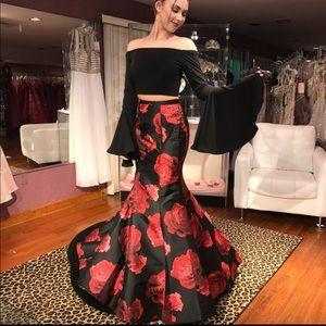 NWT 2 piece Prom Dress